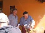 Proslulý služátecký talíř s mistrem kuchařským panem Baštou (vpravo).