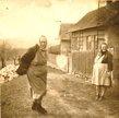 Nejstarší dochovaná fotografie z domků Na Obci (cca přelom 40. a 50. let).
